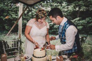 Corte de tarta en boda